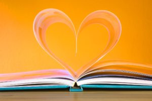 La littérature inspirante pour diffuser de l'amour